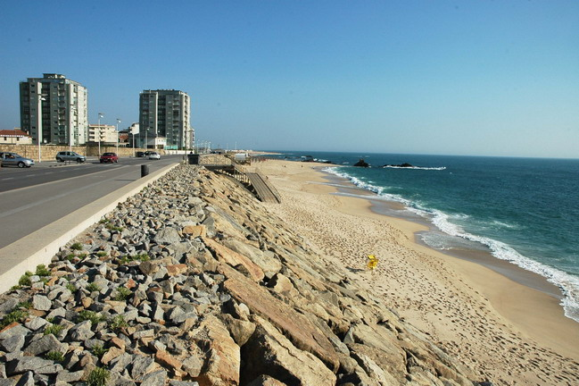 vila do porto asian personals Download 2,591 porto vila stock photos for free or amazingly low rates new users enjoy 60% off 84,551,234 stock photos online.