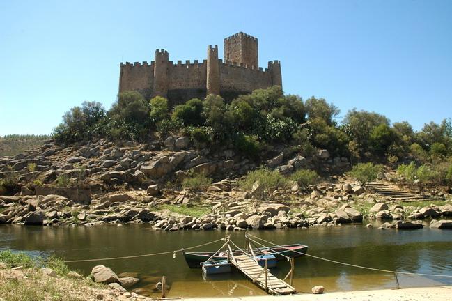 Castelo De Almourol Vila Nova Da Barquinha Guia Para Visitar