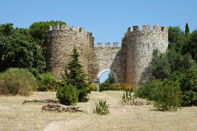 Resultado de imagem para castelo de vila viçosa