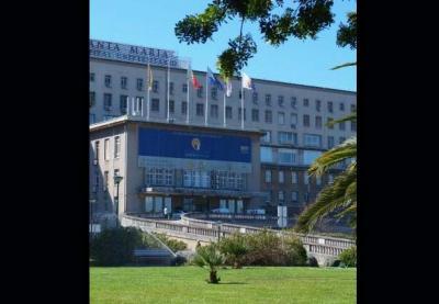 Hospital de Santa Maria recebeu numa semana três unidades de cuidados intensivos