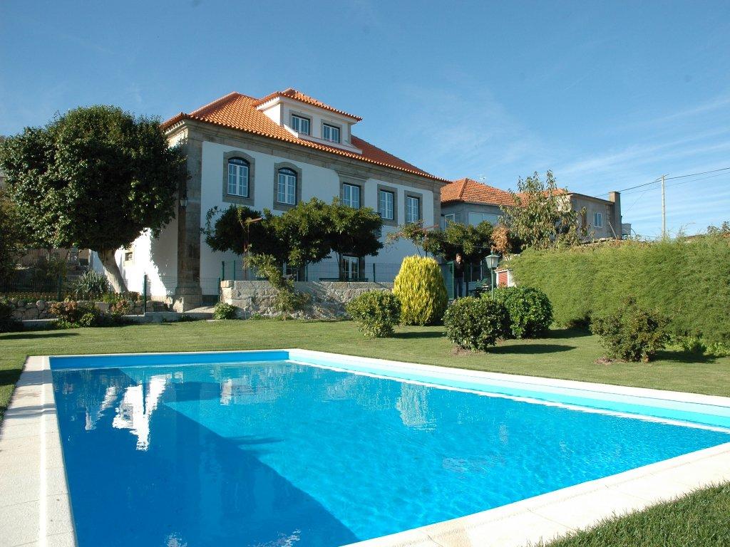 Quinta da casa grande pinheiro valadares oguia guia da cidade portugal - Fotos de casas grandes ...