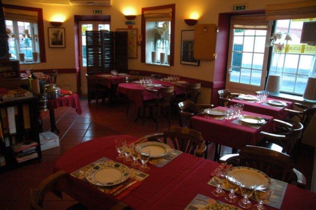 Taverna do franc s cascais torre restaurantes for Restaurantes franceses