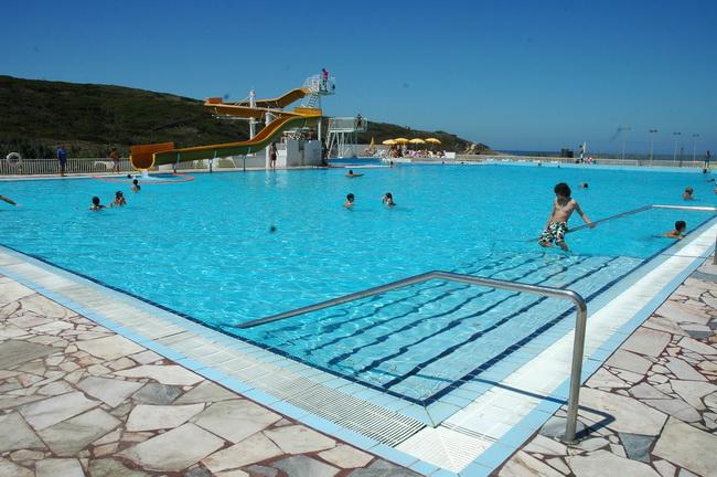 8 Piscinas para toda a Família em Lisboa: Piscina Praia das Maçãs