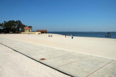 Praia de Monte Branco