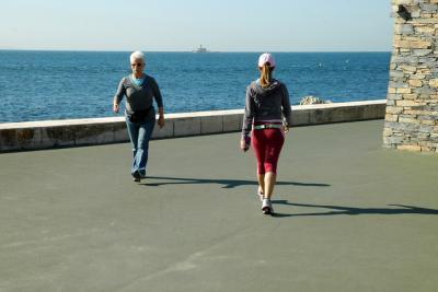 Passeio à Beira Mar : Oeiras - Paço de Arcos ( Passeio Marítimo )