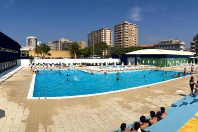 Piscinas Exteriores do Clube Desportivo da Póvoa do Varzim