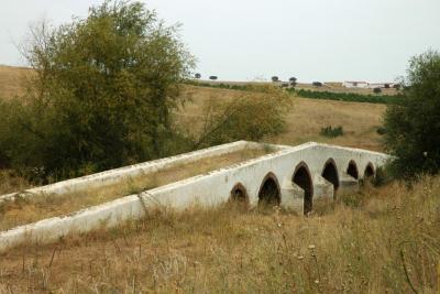 Ponte sobre a ribeira do Enxoé