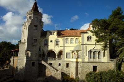 Palácio do Conde de Castro Guimarães