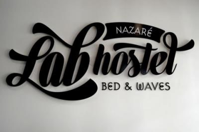 LabHostel – Bed & Waves